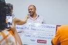Do total do prêmio, R$ 1 milhão foi destinado para as instituições e R$ 1 milhão para pessoas físicas